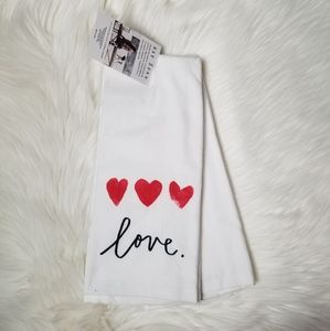 Rae Dunn Love Kitchen Towels Set